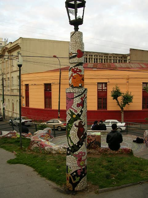 plaza decorada con mosaico